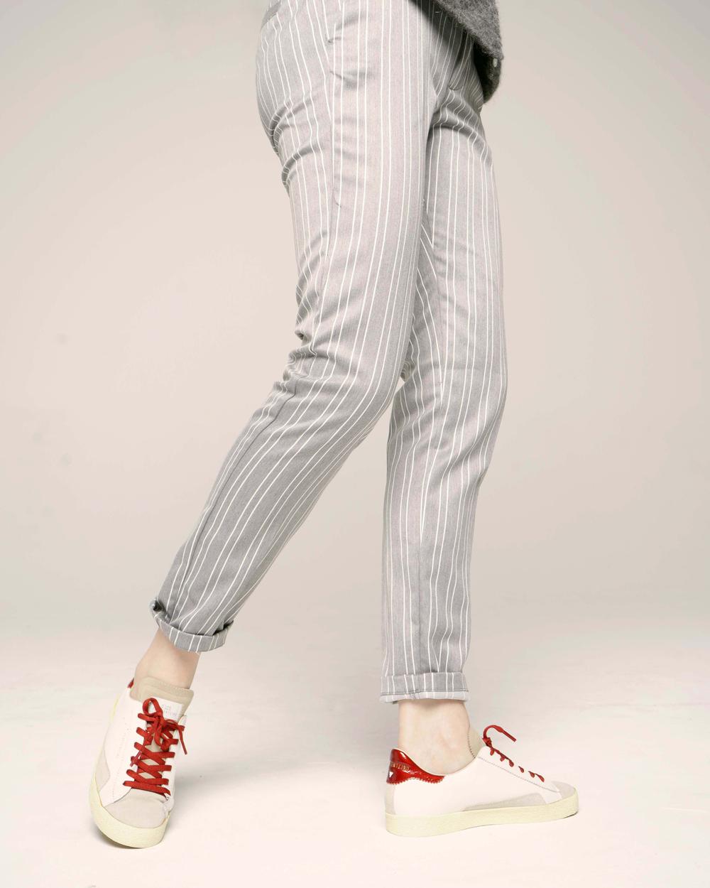 SC01 WHITE RED